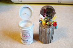 A Small Hearts Desire: Trash can from Glucose test strip container and corragate. - # A Small Hearts Desire: Trash can from Glucose test strip container and corragate. Fairy Furniture, Barbie Furniture, Miniature Furniture, Diy Dollhouse Furniture Easy, Furniture Ideas, Miniature Crafts, Miniature Dolls, Diy Dollhouse Miniatures, Cardboard Dollhouse