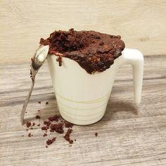 La torta in tazza una soluzione facile, veloce, senza uova e burro