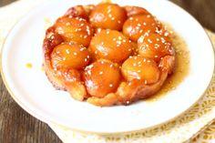 Gestürzter Aprikosenkuchen