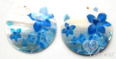 Prívesok perleť potlačený motívom 40 mm kvety modré (2 ks)