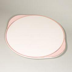 So sweet! #vintage #vintagefinds #vintageshop #forsale #design #midcentury #midcenturymodern #kitchen #plate #pink