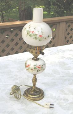 VTG GONE WITH THE WIND MINI LAMP HANDPAINTED 2  GLOBE BALL HURICANE SHADE ROSES