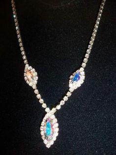 Vintage-Juliana-Aurora-Borealis-AB-and-Clear-Rhinestone-Festoon-Drop-Necklace