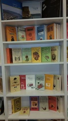 Our books!  #naples #iocistolibreria #lalibreriaditutti #books #rainbow #bookshop   http://www.iocistolibreria.it