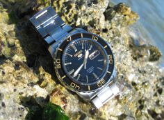 Seiko 5 SNZH57 pays homage to the Blancpain Fifty Fathoms