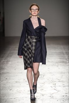 Grinko Milano - Collections Fall Winter 2017-18 - Shows - Vogue.it