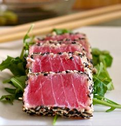 Love spicy tuna or fresh, sushi-grade fish? You'll go BANANAS for our Sesame Crusted Sriracha Tuna Sushi Bowl Recipe. Fish Recipes, Seafood Recipes, Cooking Recipes, Fresh Tuna Recipes, Types Of Sushi Rolls, Sesame Crusted Tuna, My Favorite Food, Favorite Recipes, Tuna