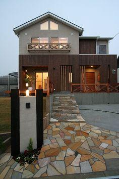 スペースラボ アプローチタイル Building Design, Building A House, Space Lab, Architect House, Patio, Outdoor Decor, Home Decor, Decoration Home, Room Decor