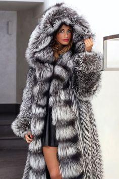 FUR COAT JACKET SILVER FOX SIMPLY WONDERFUL FULL LENGHT PELZMANTEL FUCHS лиса