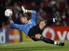 Victor Valdes Barcelona Goalkeeper Best Save Action