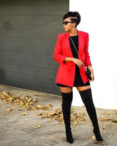 is a total diva in thigh-high boots and a red blazer - - Blazer Outfits Casual, Classy Outfits, Chic Outfits, Fashion Outfits, Emo Fashion, Look Blazer, Blazer And Shorts, Dress With Blazer, Blazer E Short