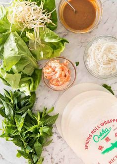 Jam packed with fresh, bright flavours, learn how to make vietnamese rice paper rolls Peanut Dipping Sauces, Peanut Sauce, Vietnamese Recipes, Asian Recipes, Ethnic Recipes, Vietnamese Cuisine, Healthy Chicken Recipes, Cooking Recipes, Cooking Tips