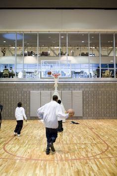 The Gary Comer Youth Center / John Ronan Architects