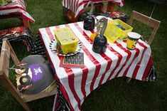 Pirate Party Table Settings - what kid wouldn't love to sit down at this table?