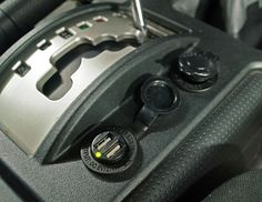 Adding Auxiliary 12V And USB Outlets to the FJ Cruiser