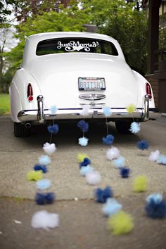 Leave your wedding in style!