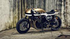 Yamaha XJR1300 Cafe Racer Dissident - It Rocks!Bikes. Una moto que tienes que ver. Entra y mira esta impresionante XJR1300 Cafe Racer.