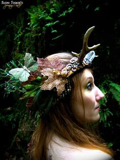 Faerie in the Wood. Antler Princess Crown by Susan Tooker of Spinning Castle.