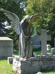 Woodlawn Cemetery Bronx NY. I took it~