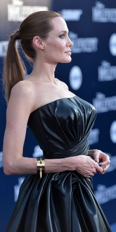 "Angelina Jolie - World Premiere Of Disney's ""Maleficent"" (May 28, 2014)"