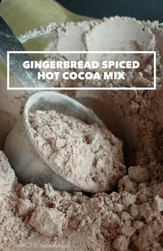 Gingerbread Spiced Hot Cocoa Mix Gingerbread Spiced Hot Cocoa Mix recipe by Wonky Wonderful<br> Hot Chocolate Gifts, Christmas Hot Chocolate, Homemade Hot Chocolate, Hot Chocolate Bars, Hot Chocolate Mix, Hot Chocolate Recipes, Homemade Spices, Homemade Food, Diy Food