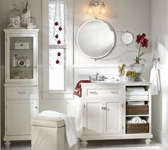 """Solar Pivot Mirror With Magnification Extension 