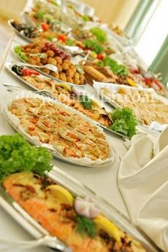 Funeral Food: The celebration of a loved ones life always includes the gathering and breaking of bread. Here's a list of some of our favorite and traditional funeral food recipes. Southern Dishes, Southern Recipes, Southern Food, Southern Sayings, Southern Hospitality, Great Recipes, Favorite Recipes, Holiday Recipes, Holiday Meals