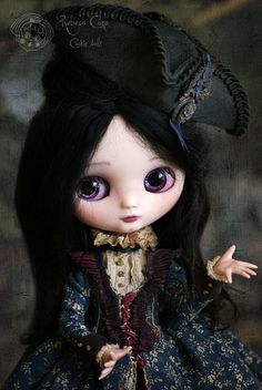 Laurélie... between struggles that seemed to be endless...   From fear to desicion by Rebeca Cano ~ Cookie dolls, soon available https://www.facebook.com/CookieDolls