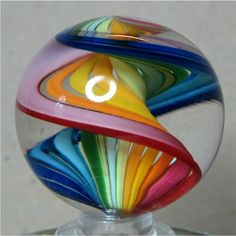 "SIGNED GEOFFREY BEETEM RAINBOW SPIRAL SWIRL GLASS MARBLE - 1-1/4"" DIA .. #0504A"