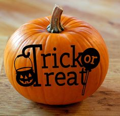 Check out Trick or Treat Vinyl Graphics for Pumpkins - No Mess Pumpkin Decals on amberrockstar (Halloween Signs Hocus Pocus) Halloween Signs, Holidays Halloween, Halloween Pumpkins, Happy Halloween, Halloween Decorations, Painted Pumpkins, Fake Pumpkins, Carved Pumpkins, Halloween Cupcakes