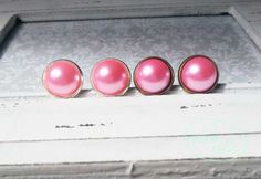 Cabochon-Ohrstecker rosa