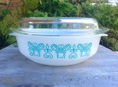 Vintage Agee Crown Ovenware Pyrex round casserole turquoise butterfly rare