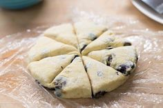 Made with yogurt to keep them light and fluffy. Blueberry Scones Recipe, How To Make Scones, Lemon Scones, Yogurt Recipes, Huckleberry, No Bake Treats, Yummy Food, Yummy Recipes, A Food
