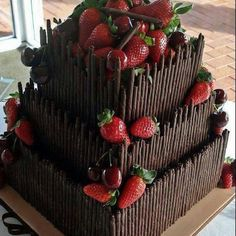Find images and videos about food, chocolate and cake on We Heart It - the app to get lost in what you love. Gorgeous Cakes, Pretty Cakes, Cute Cakes, Yummy Cakes, Amazing Cakes, Food Cakes, Cupcake Cakes, Gateaux Cake, Chocolate Lovers