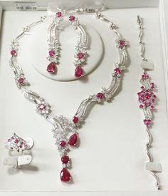 fashion jewelry set contact: Julie email address: 18877400361@163.com skype: wu.julie5