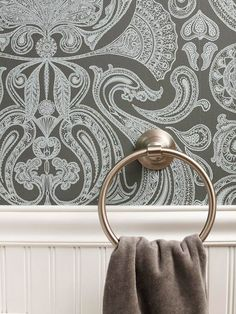 Walls that Wow-The bold, oversize paisley-pattern wallpaper amps up the small bathroom's style and offers ornate contrast to the simple lines of the wainscoting below - Futura Home Decorating Paisley Wallpaper, Pattern Wallpaper, Modern Wallpaper, Simple Bathroom, Bathroom Ideas, Restroom Ideas, 1950s Bathroom, Retro Bathrooms, Narrow Bathroom