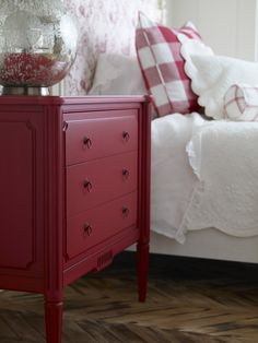 cottage style red dresser and bed with red accents Bedroom Red, Home Bedroom, Bedroom Decor, Red And White Bedroom Furniture, Red Bedrooms, Cottage Furniture, Red Painted Furniture, Red Dresser, Red Nightstand