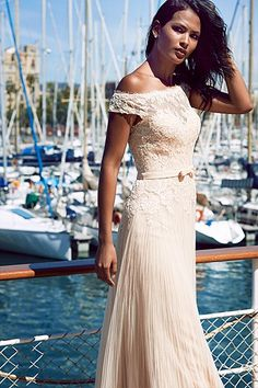 This beautiful Belmez Dress from @pronovias is for your special maid of honor! You can see it here: lovewc.me/Belmez