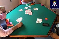 Polícia detém 5 homens pela prática de jogo ilegal
