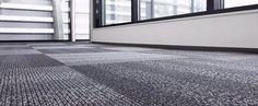 Karo Halı Nedir ? Karo halı genel olarak 50cm x 50cm ebatlarında üretilen ve zemine kaplanabilen temizlenmesi kolay yeni nesil halı türüdür.