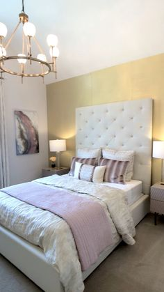 Pink and Gold Girls Bedroom Decor Gold wall, tufted ivory headboard & pink accents make this bedroom Room Ideas Bedroom, Small Room Bedroom, Home Decor Bedroom, Decor Room, Bedroom Furniture, Master Bedroom, Bed Room, Ikea Bedroom, Cozy Bedroom