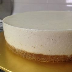 Latest bake @ 27 March 2016 Yoghurt tofu cheesecake recipe adapted from Vun Lee's recipe Ingredients: digestive biscuits butter silken tofu cream cheese castor sugar … Vegan Tofu Cheesecake, Healthy Cheesecake Recipes, Healthy Cake, Healthy Desserts, Baileys Cheesecake, Healthy Recipes, Dairy Free Recipes, Gourmet Recipes, Dessert Recipes