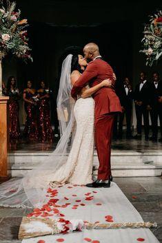 Amanda & Tyrell's Bayou Fairytale Wedding in New Orleans Fairytale Weddings, Real Weddings, Amazing Weddings, Wedding Advice, Wedding Couples, Budget Wedding, Wedding Planning, Wedding Events, Wedding Day