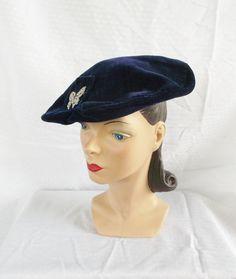 02ad07af465 30 s 40 s Vintage Hattie Carnegie Designer by MyVintageHatShop