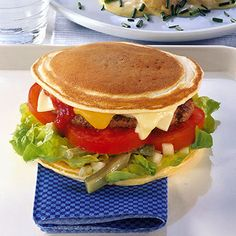 Buahatiku » Burger Pancake, Bekal Unik ke Kantor dan Sekolah