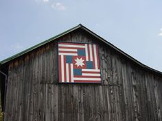 Patriotic Barn Quilt. I WANT A BARN QUILT FOR MY BARN!!!