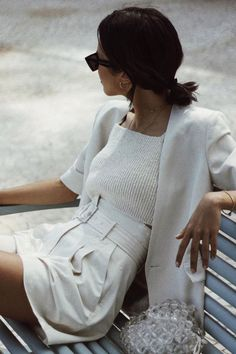 preppy summer style vintage outfit inspiration all white look casual chich look vintage vibes Fitz Huxley tzandhuxley Fashion Mode, Look Fashion, Womens Fashion, Fashion Trends, Fashion Ideas, Fashion Spring, Trendy Fashion, Short Women Fashion, Classic Fashion