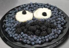 Cookie Monster Fruit Tray | The Produce Mom