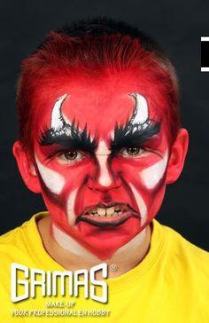 Todo halloween maquillaje de demonio maquillaje for Cara pintada diablo