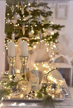 Cool 34 Delightful Winter Decoration Ideas With Items That You Must Have At Home Rose Gold Christmas Decorations, Gold Christmas Tree, Christmas Colors, Christmas Diy, Christmas Fairy Lights, Christmas Scenes, Christmas Costumes, Xmas, Farmhouse Christmas Decor